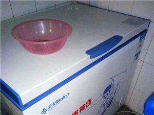 冰箱出售,都在保修期内,基本没用过!有意者请联系我。