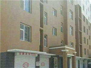 颐合绿洲2号1单元216车库短期出租,没设洗手间,水电齐全能住4人