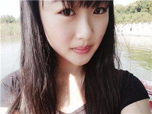 【美女秀场?#39063;司?18岁