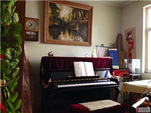 教键盘类、弓弦类和扬琴等多种乐器