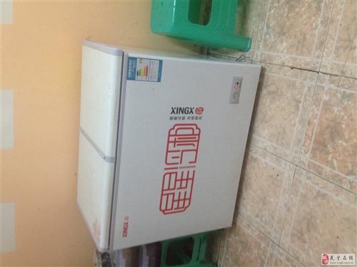 星星冰柜,9成新,含一年?#26102;#?#21457;票齐全。