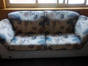 出售闲置沙发