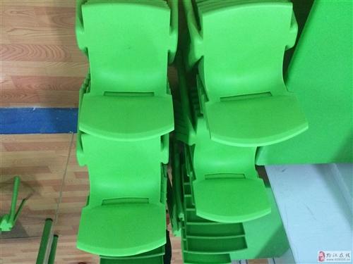 95成新幼儿园椅子出售,