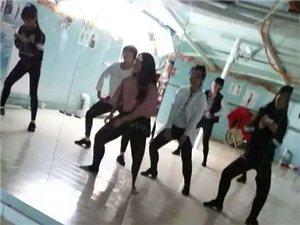 安琦舞蹈播音司仪培训