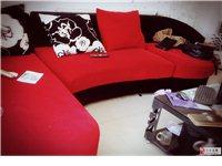 红黑色沙发组合