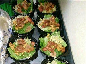 特色砂锅,盖浇饭,欢迎品尝