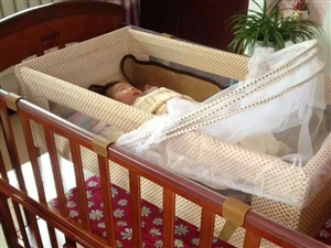 交城实木婴儿床出售,给宝宝最好的呵护