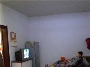 永安小区六楼南北卧室
