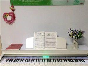 出售电钢琴一台
