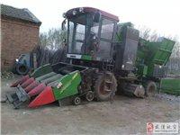 玉米收割机