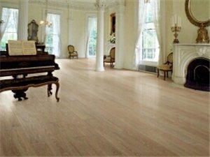長興專業安裝各類木地板