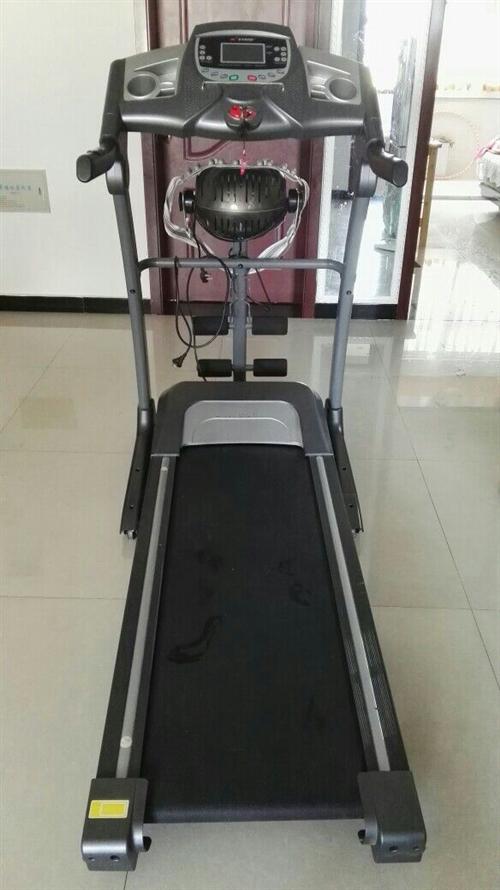 800元出售8成新跑步机