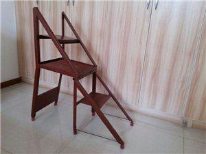 打開是梯子,合上是椅子