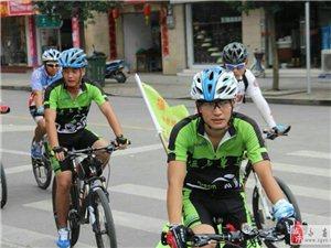 点赞!永春网网友郭少伟把单车骑到珠穆朗玛峰 载着文明远行