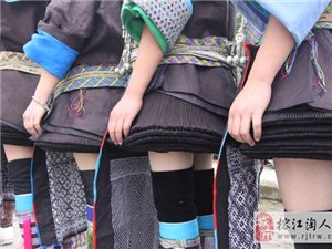 两汪――-世界超短裙之乡