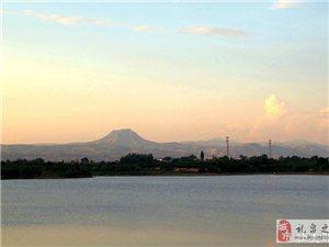 四季醴泉湖