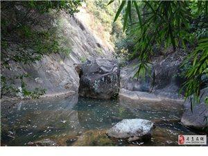 游山玩水-乌坑石峡谷