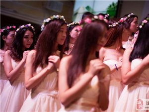 广州七夕举办中国首场闺蜜婚礼 唱诗宣誓表友谊