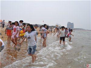 博兴在线小记者团走进莱州湾拓展训练活动之一起来赶海