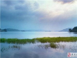 原��古湖美景
