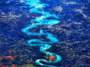 """国外网友葡萄牙拍到""""龙形河"""":确实就叫蓝龙河"""