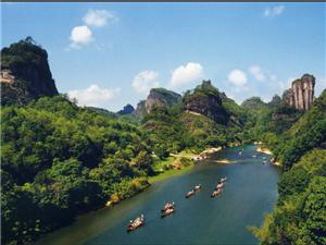 9月26日中��最美�p月地泰��游