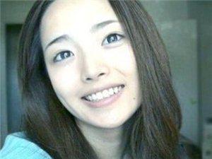 韩国男校现最美女教师 网友直呼想回去上学(图)