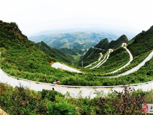 【山路十八弯】重庆45道拐山路 相对高差550米