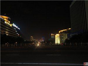 南��(�t火的夜市)