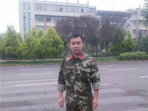 泸县80后消防员父亲欲割肝救子。