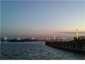 夜幕下的喀左县城
