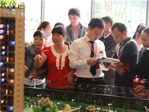 11.21【裕福明珠】样板房美丽绽放  千人参观品鉴人气火爆