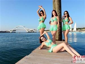 中国最美腿模大赛 16强佳丽着泳装拍大长腿