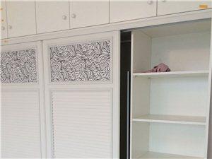 仟木源定制衣柜安装效果图