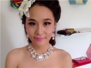武汉哪里有化团体妆、宴会妆、新娘跟妆、年会妆、商业活动演出妆