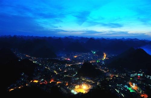 �L��h城夜景�灼�-2015
