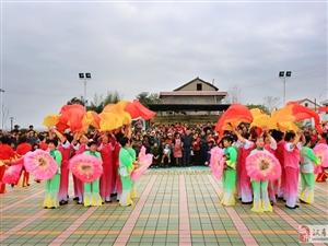 大美汉寿(8)新兴乡杨李村文化广场