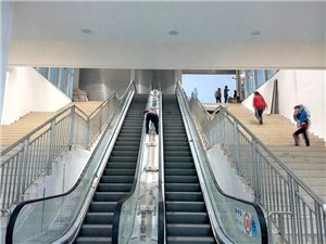 即将开业的永辉超市,目测面积在广汉仅次于沃尔玛,位于天阶汇负一楼