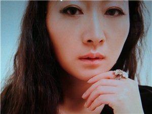澳门太阳城平台人的新娘化妆师-易欣老师