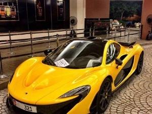 黄色绝对是跑车的经典色,还记得当年迷恋变形金刚里的大黄蜂吗