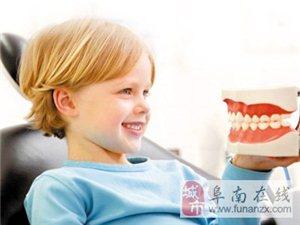 为什么小儿换牙期应吃些硬的食物?