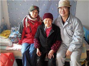 志愿者来到北港敬老院看望孤寡老人