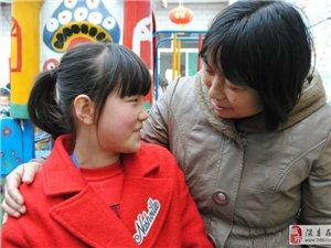 童年母校,一生的留�佟�―隰�h第二小�W�擅�小�W生看望童年母校