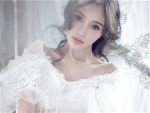 李小璐婚纱照大片 登时尚新娘封面