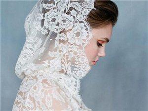 短款新娘头纱——清爽干练,展现与众不同的气质美。