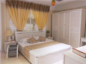 当下置办一套实木卧房家具到底多少钱?