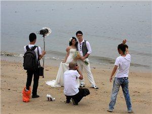 拍婚纱照,我必须一直笑?是我傻?还是拍娃哈哈广告?