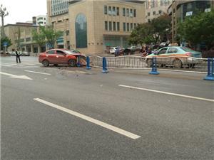 江北大道车祸