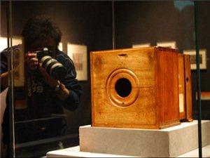 世界上第一台照相机的诞生!