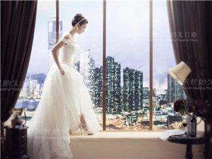 我想每个女人都是喜欢婚纱的,每个女人的梦里都有一件美仑美奂的婚纱